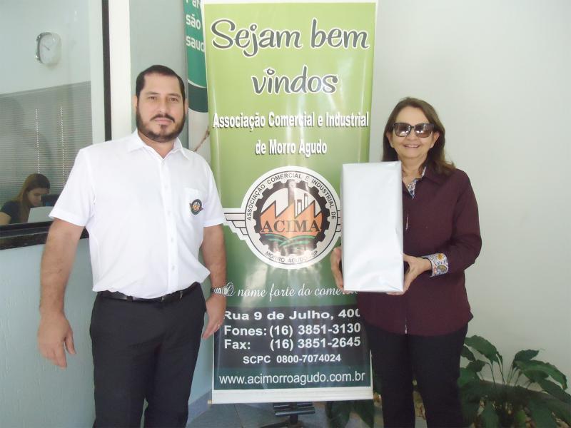 Empresa que doou: Oficina Mecânica Três Irmãos - Ganhadora: Maria José de Castro Issy - Empresa onde comprou: Barulho Calçados